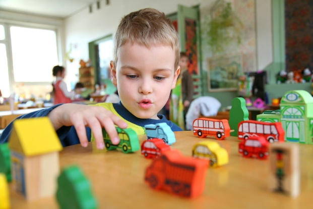 ages and stages of child play development